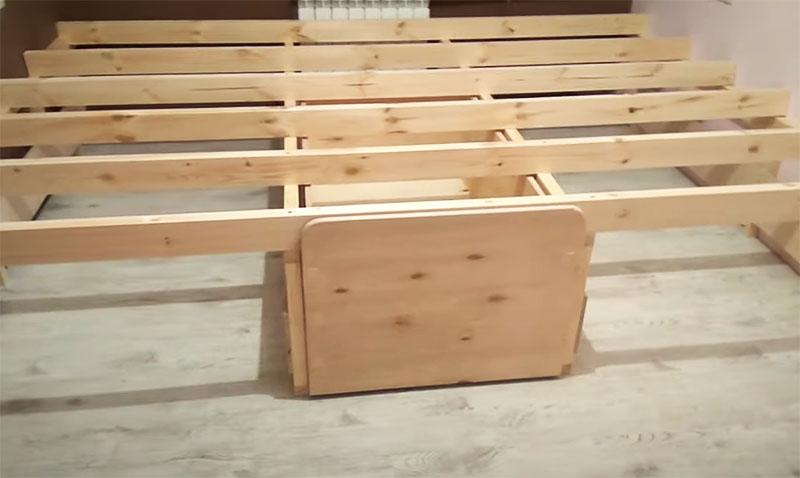 Ящик должен идеально встать в подготовленный для него проём