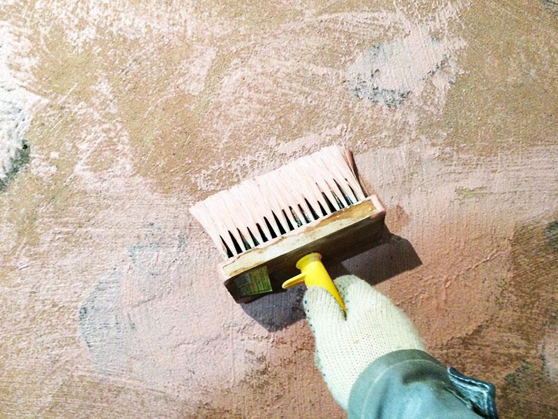 Когда всё хорошо просохнет, покрыть предварительно грунтовкой, а деревянные изделия – антисептическим составом