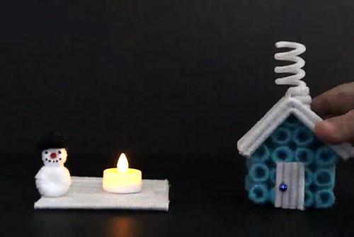 В темноте не страшно: ночник для детской в форме рождественского домика