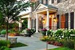И двор не хуже дома: 5 правил организации придомового участка