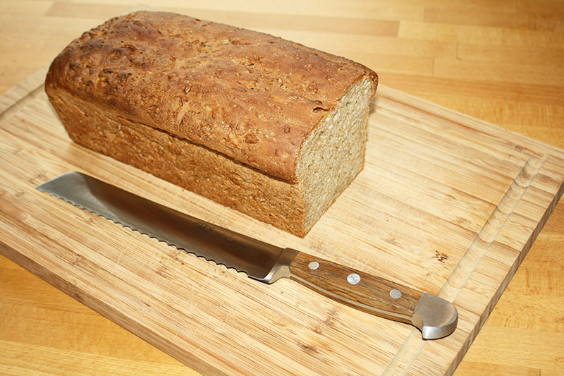 Деревянные оставьте только для хлеба