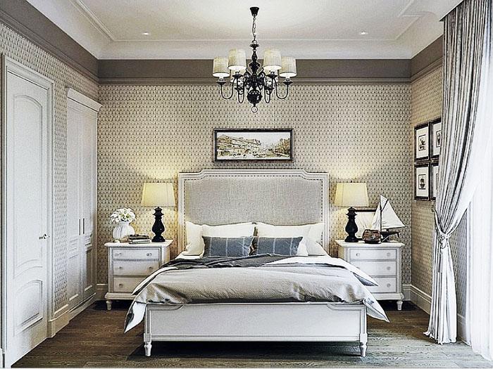 Освещают гостевую спальню классическая люстра с тканевыми абажурами и настольные лампы в аналогичном дизайне