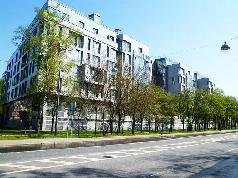 Где живёт футболист Олег Шатов