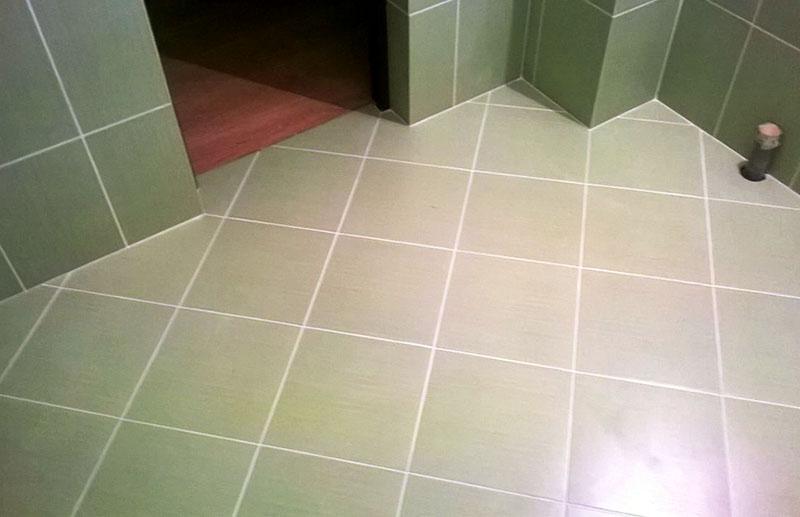 Как просто уложить плитку по диагонали