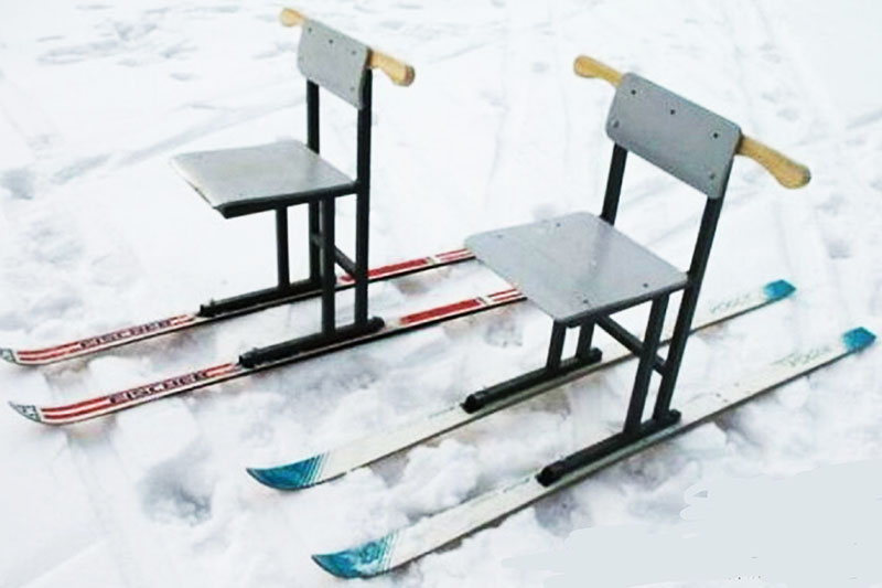Самодельные сани из старых лыж