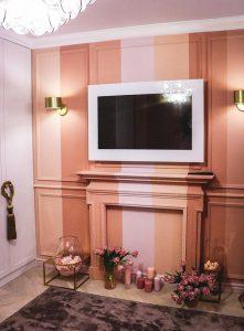 Розовая катастрофа или домик для Барби: как дизайнеры испортили гостиную Ольги Машной