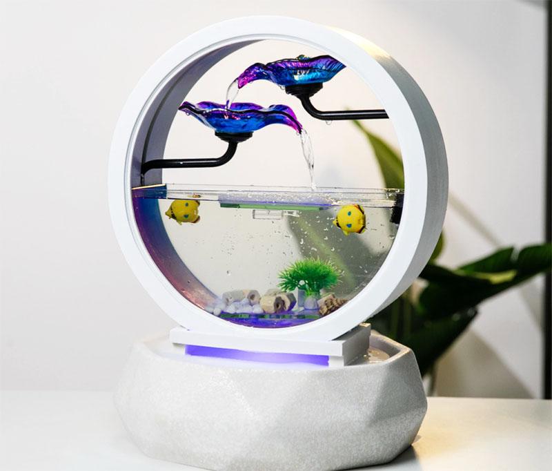 Современные производители предлагают очень интересные модели небольших аквариумов, в которых есть и каскад, и светодиодная подсветка