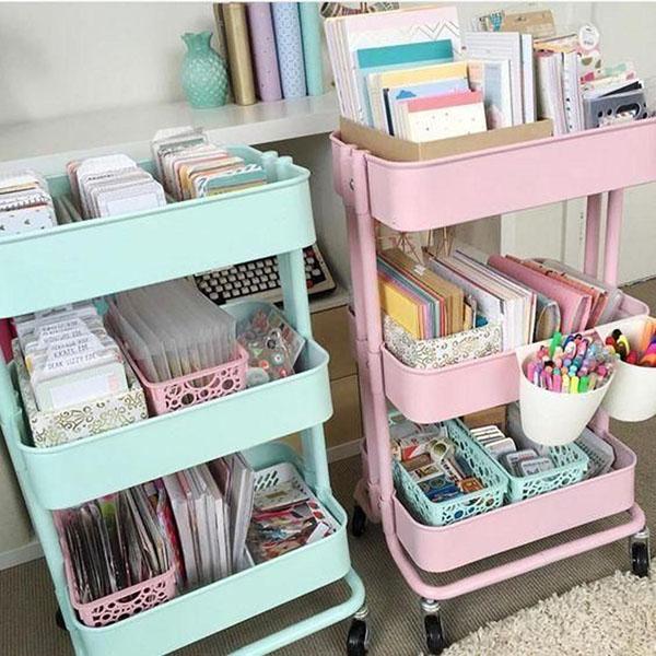 Компактный размер поможет организовать пространство даже в небольшой детской