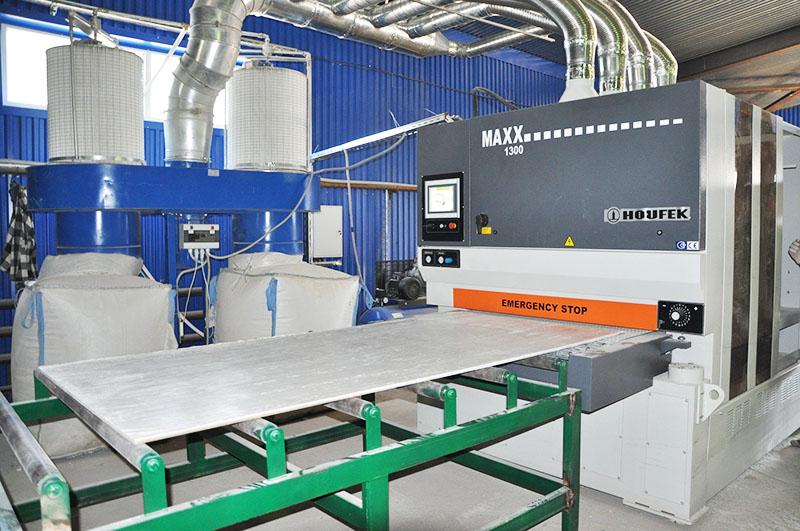 Но отечественные производители (надо отдать им должное) предлагают материалы достойного качества. СМЛ сейчас производят в Московской области, в Волгограде и Тюмени