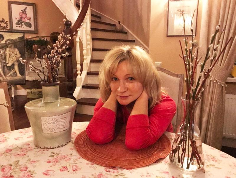 Медсестра Нина из «Склифосовского» Анна Якунина воплотила мечту - купила квартиру
