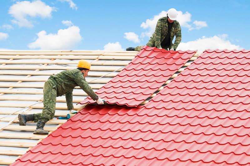 Покрытие крыши гибкой листовой черепицей