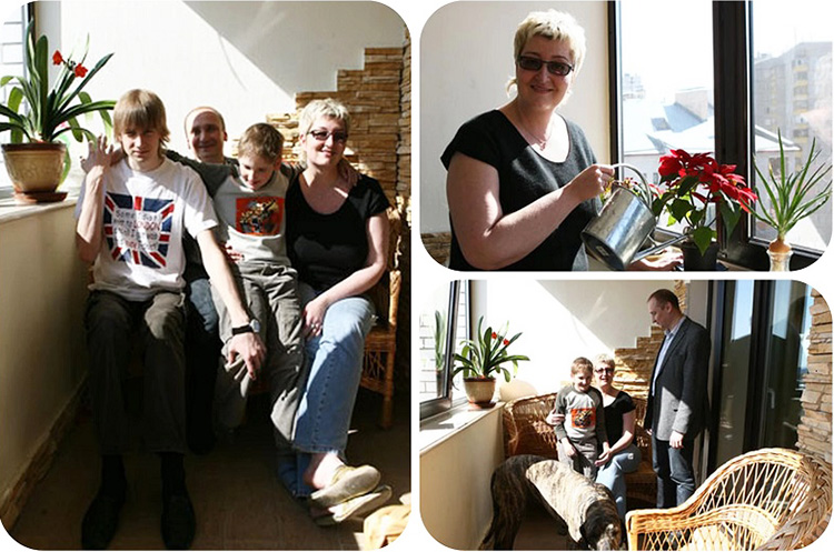 На широком подоконнике Татьяна Устинова поставила несколько кашпо с комнатными цветами