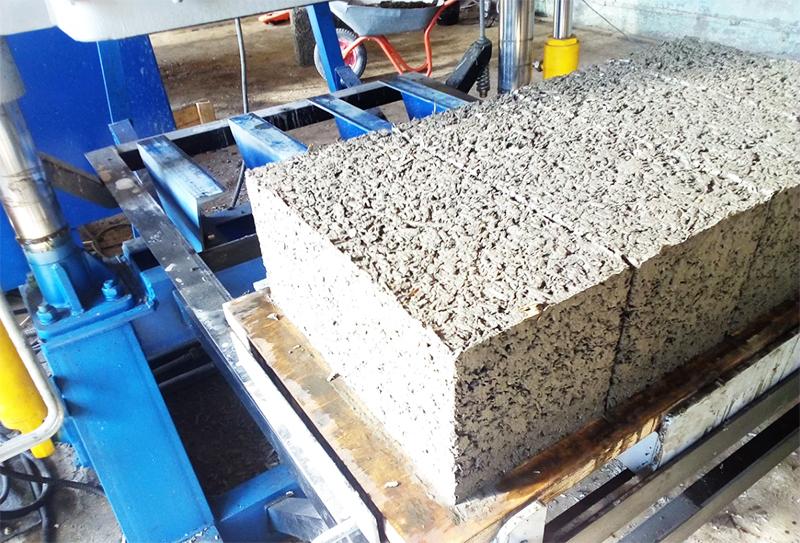 Арболит используют только для строительства верхних этажей и кладки, которая не предназначена для большой нагрузки