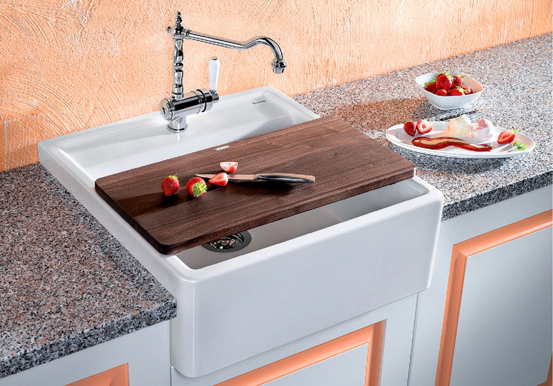 Но такие вы встретите нечасто, на кухнях их практически не используют и приобретают в основном для ванных комнат