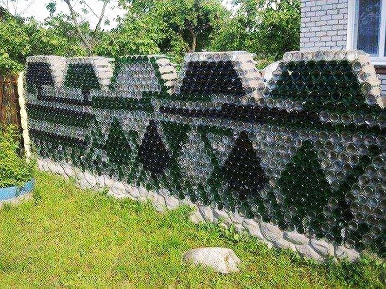 Забор из подручных материалов