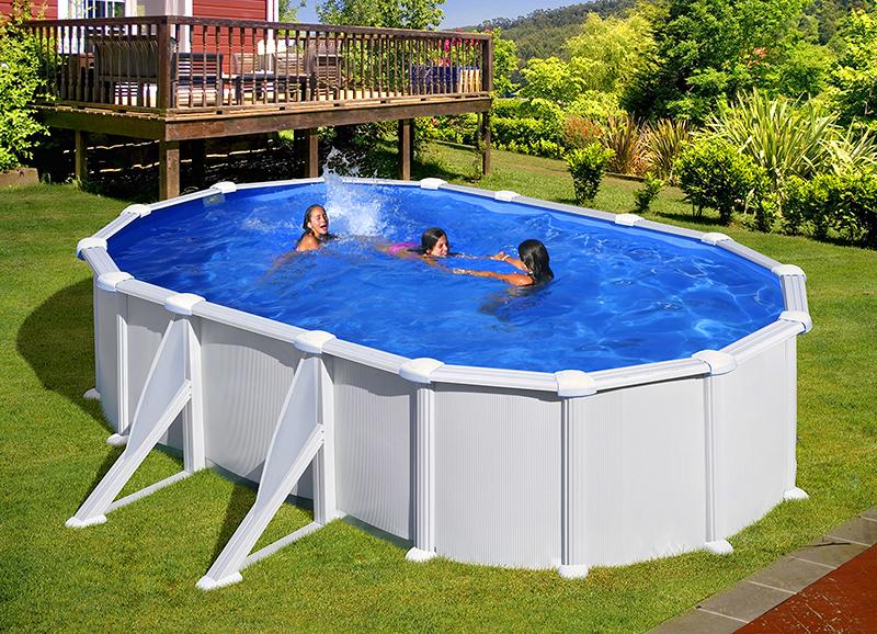 Что добавить в бассейн, чтобы вода не цвела