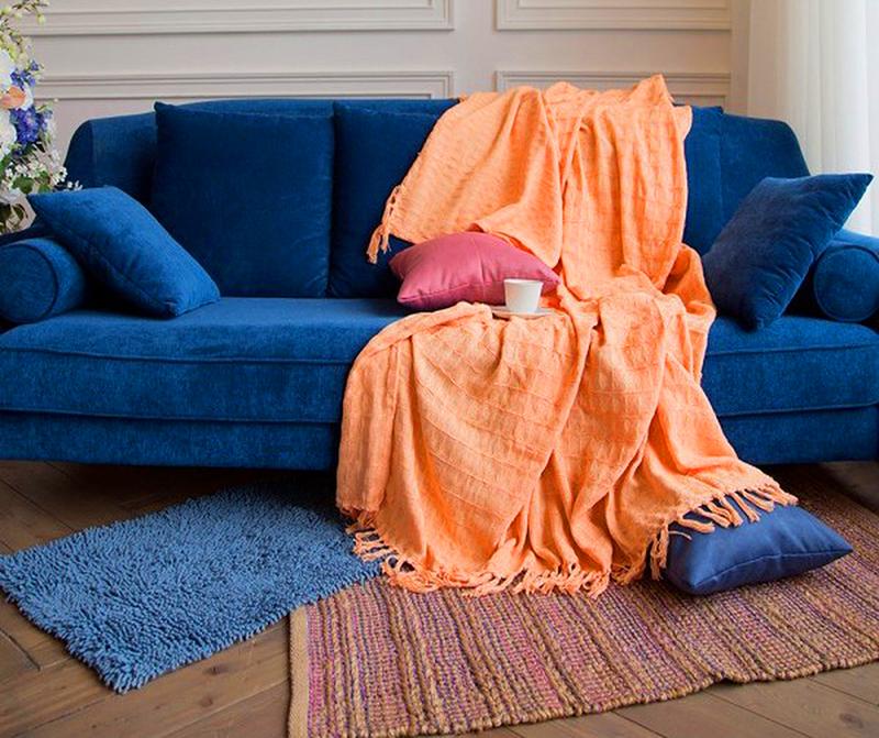 Варианты быстрой маскировки дивана