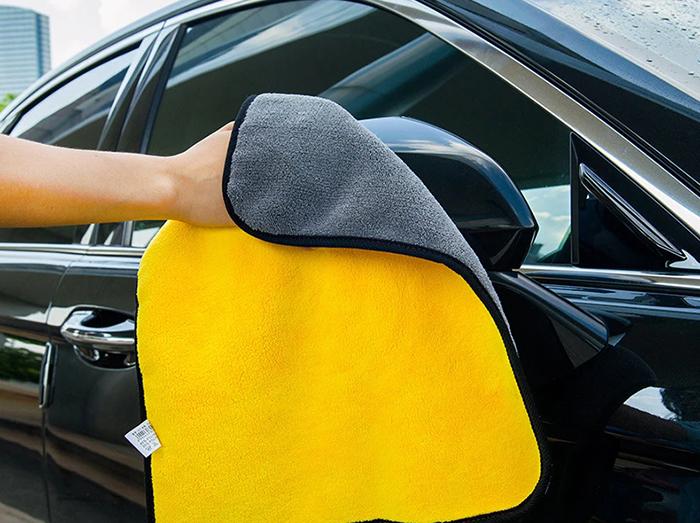 Уход за автомобилем и уборка без разводов