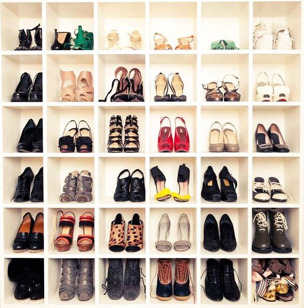 Как компактно хранить обувь, если места совсем мало