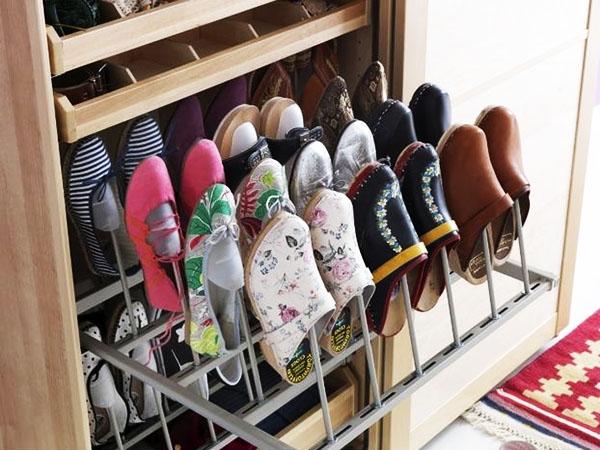 Простейший вариант хранилища обуви