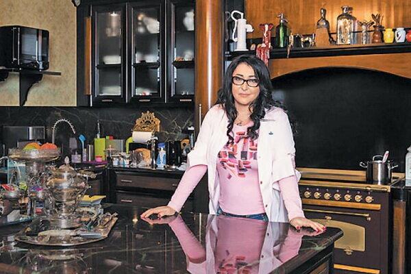 Шикарные квартиры и особняки Лолиты Милявской