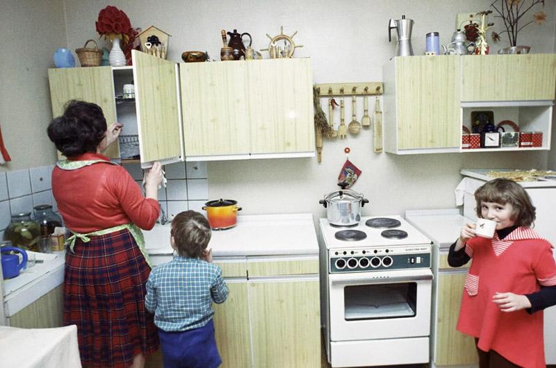 Квартирки были с маленькими кухнями, скромными комнатами, но все с газом, центральным отоплением и прочими удобствами