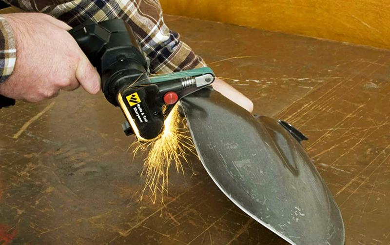 Наточите лопаты и тяпки, замените черенки