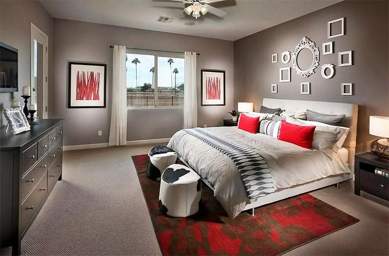 Если не хотите испытывать нехватку сна в серой спальне, обязательно займитесь цветовыми акцентами